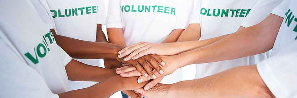 Hospice Toronto volunteer opportunities image of hands together